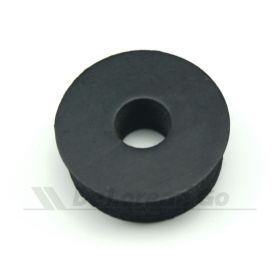Radiator mounting rubber
